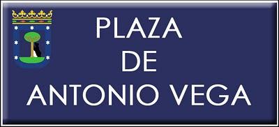 Plaza de Antonio Vega, un tributo de Madrid a uno de los mejores artistas y poetas urbanos.