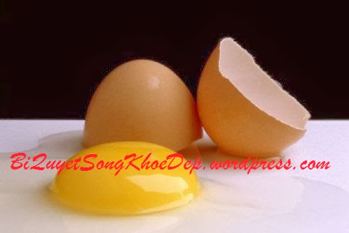 Làm mịn da bằng trứng gà