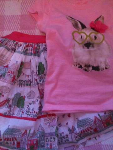 Girls' clothes, Tshirt, Skirt