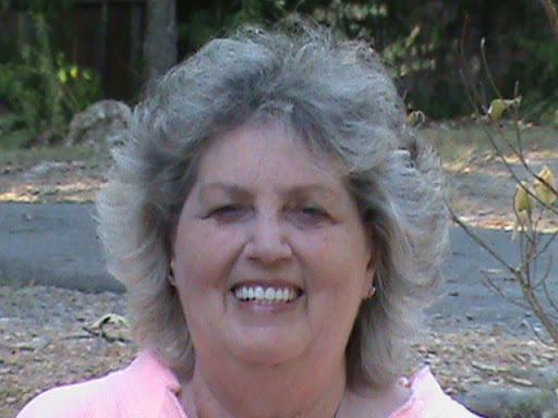 Doris White Photo 17