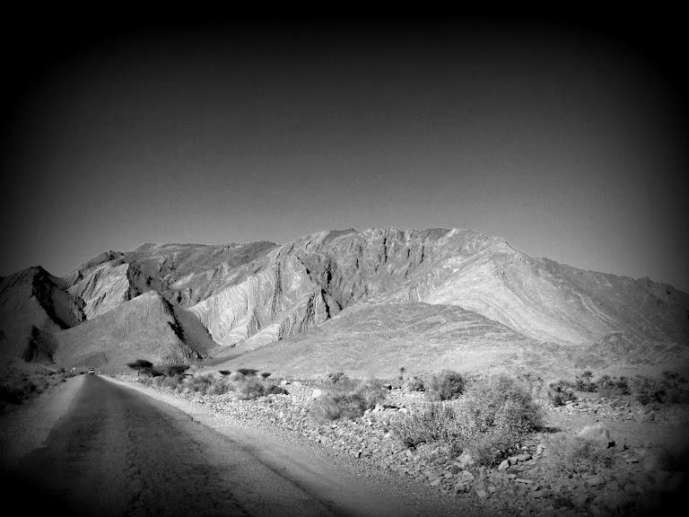 Marrocos e Mauritãnia a Queimar Pneu e Gasolina - Página 12 DSCF1366