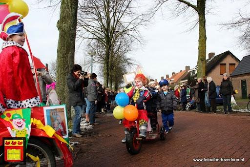 carnavalsfeest op school 08-02-2013 (8).JPG