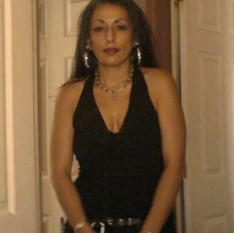 Angela Trujillo Photo 27