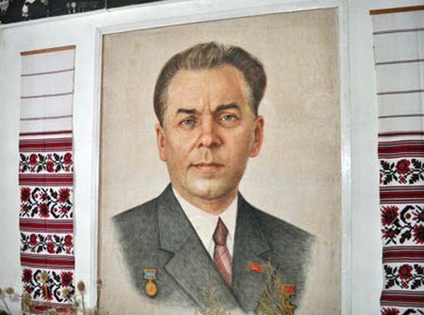 П.Тичина
