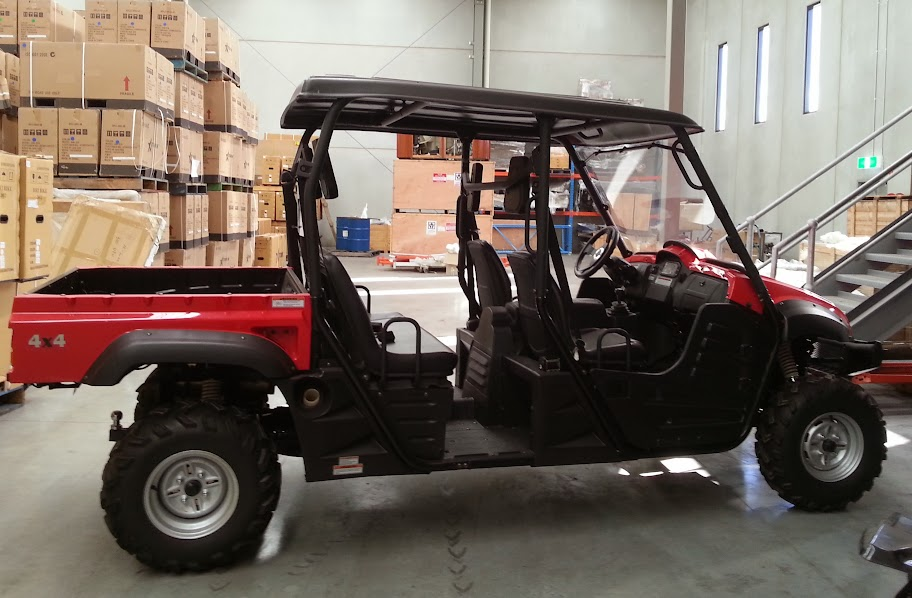 700cc 4x4 4 seater Farm Ute Utv Side by Side Utility