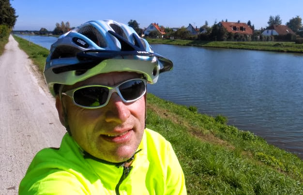 Chris on the Bike am Main-Donau-Kanal