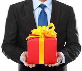 Chọn mua quà gì tặng sếp mà ý nghĩa nhất ? 2