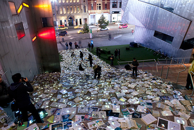 10,000 illuminated re-claimed books by luzinterruptus