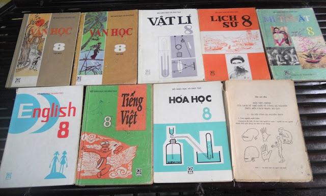 Sách giáo khoa tiểu học cũ - nơi lưu giữ từng trang ký ức DSCN2735