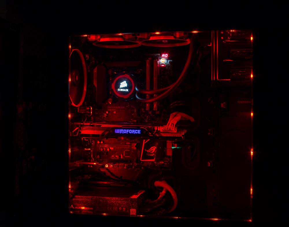 Red Dwarf Even The Desk Got Modded The Corsair User
