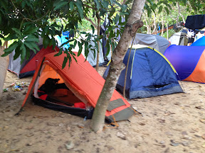 Barracas no Camping do Fei Veio