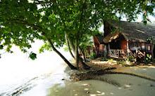 ห้อง Deluxe Bungalow ที่พักเกาะช้าง ที่ โรงแรมบ้านปู หาดทรายขาว