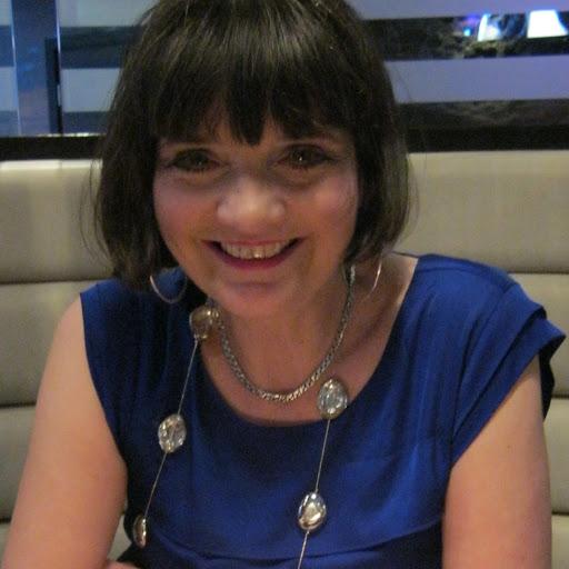Julie Blount Photo 13