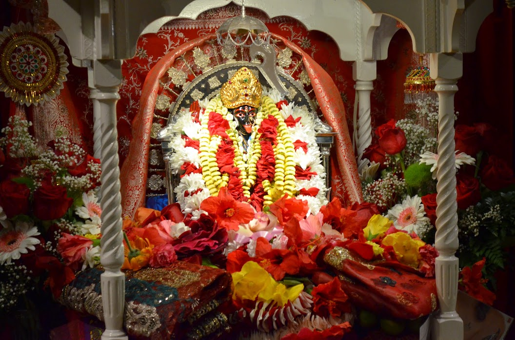 2004 Annual Kali Puja festival – we are all blessed that Sri Haradhan
