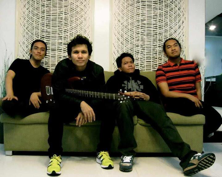 Sponge Cola feat. Chito Miranda & Los Magno – Xgf Lyrics