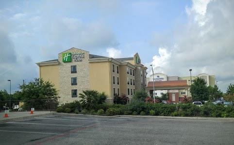 Suite Picture Of Holiday Inn Express El Suites San Antonio
