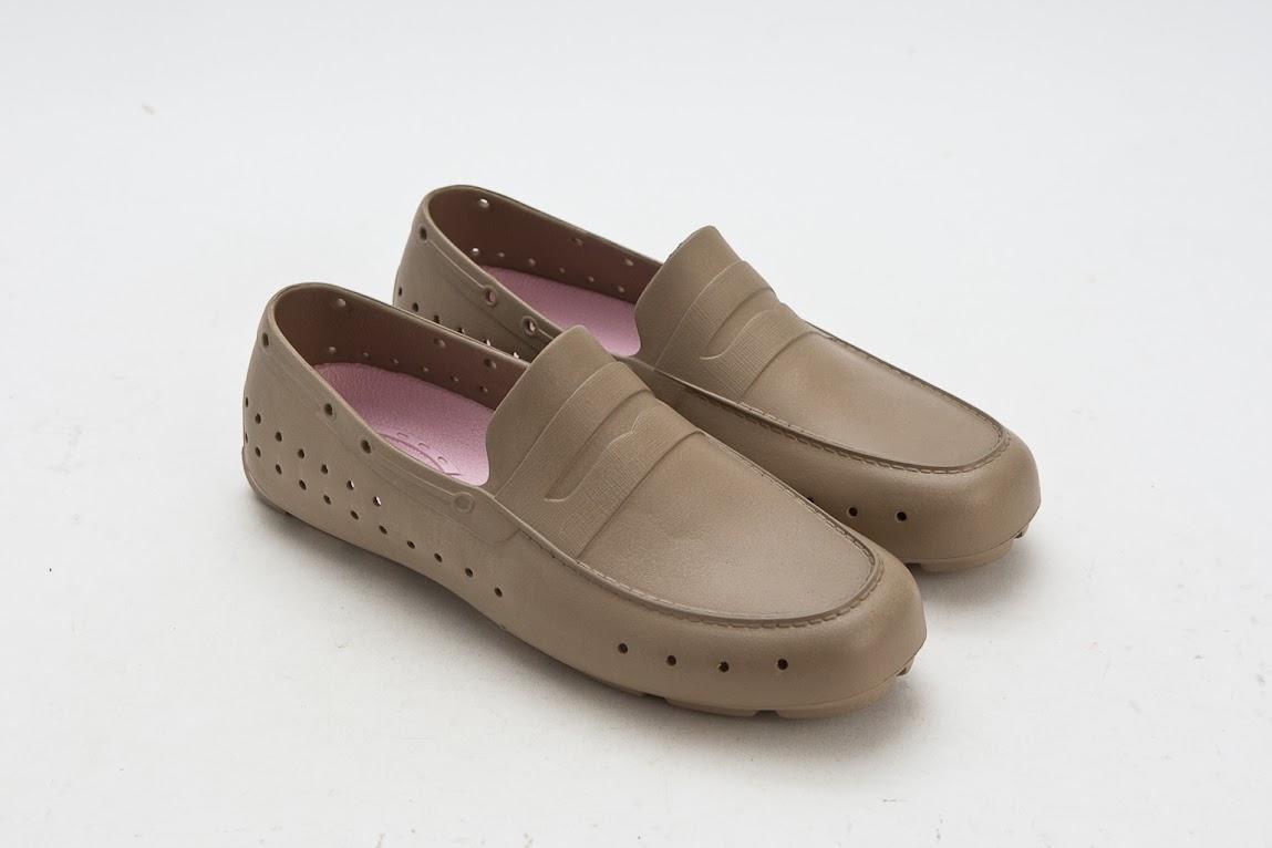 *來自美國加州PONIC 輕量膠鞋:首度引進3NITY獨家販售! 5