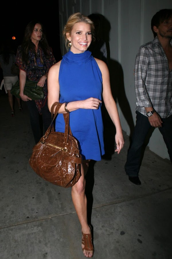 Jessica Simpson – Blue Dress Candids in West Hollywood(celebrities-8photos)8