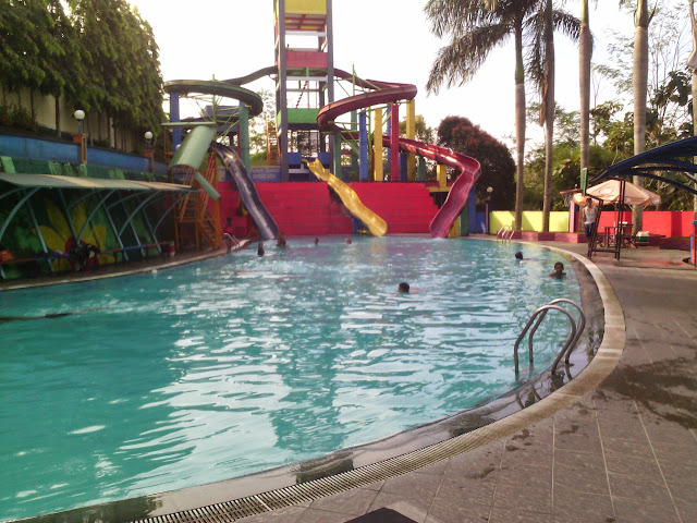Waterboom Tirta Nusantara
