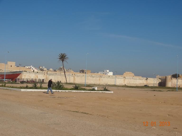 marrocos - Marrocos e Mauritãnia a Queimar Pneu e Gasolina DSC05389