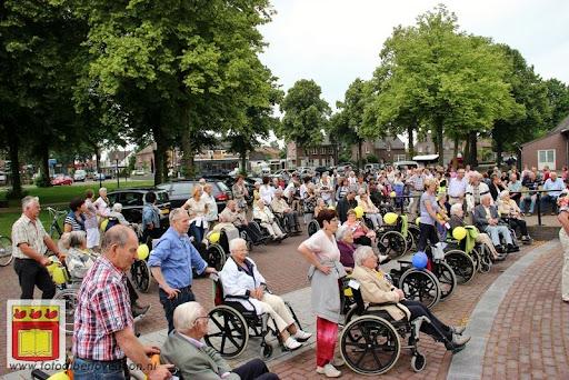 Rolstoel driedaagse 28-06-2012 overloon dag 2 (3).JPG