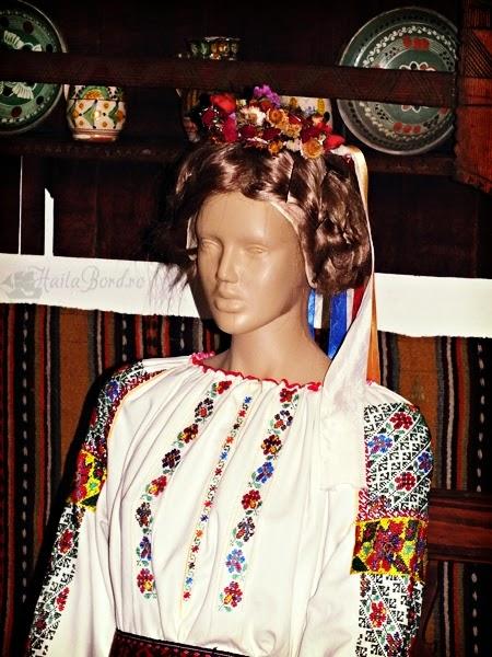 manechin muzeul satului bucovinean