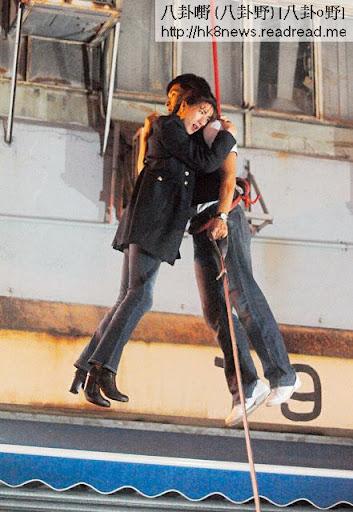 鍾嘉欣、陳展鵬拍墮樓戲,除了遠鏡、試位,其餘危險鏡頭都由他們一手包辦。