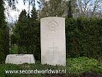 Pilot Flying Officer W.J. Hanna Royal Canadian Air Force gedood 6th juli 1945