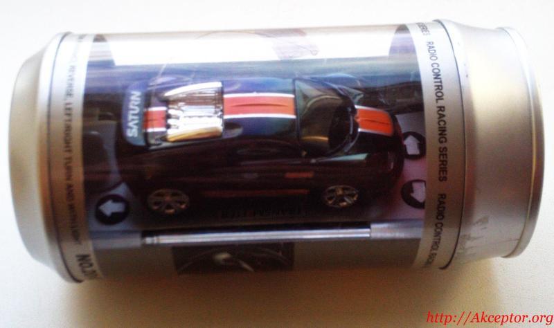 Радіокерований автомобіль  довжиною 7 см.