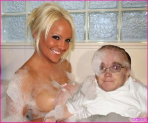 Eric the midget and air force amy picture