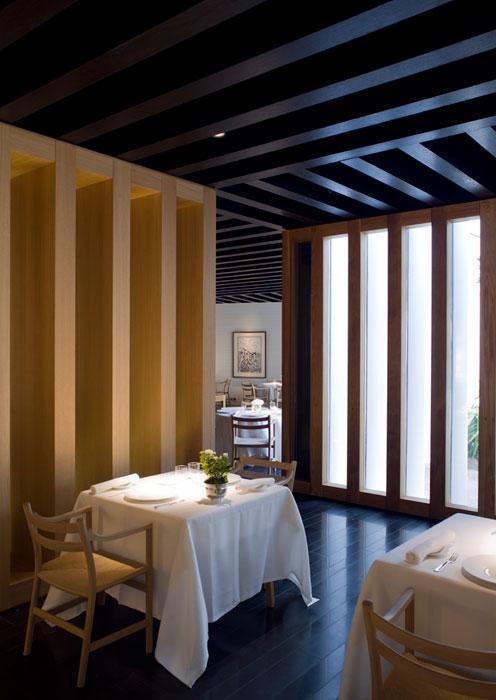 Revisi n interior hotel restaurante atrio caceres for Atrio dentro casa