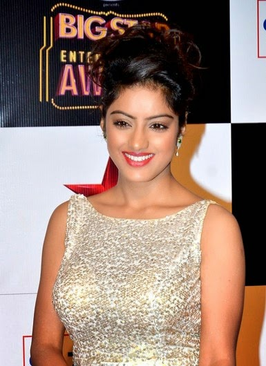 Deepika-Singh-Hot-Bikini-Image