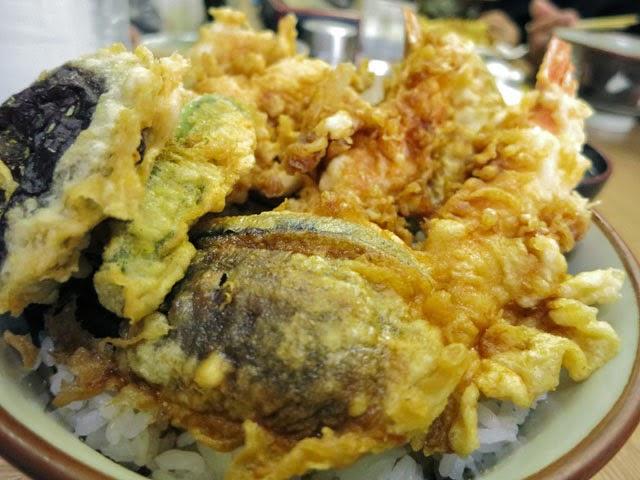 海老と野菜たテンコ盛りの天丼
