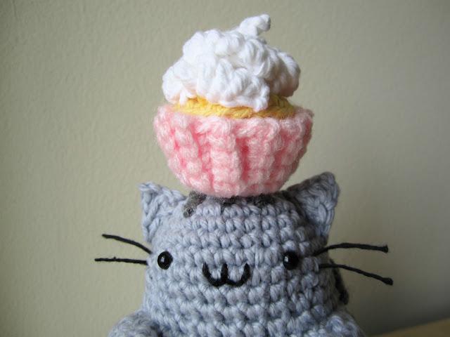 Pusheen the Cat häkeln 🍩 *Do it Yourself* Amigurumi | Katze - YouTube | 480x640