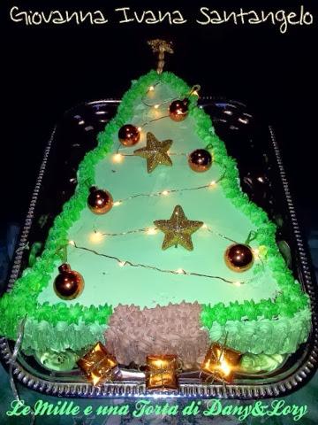 torta albero di natale farcita con panna e nutella