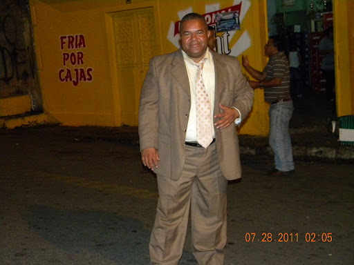 Luis Mujica Photo 32