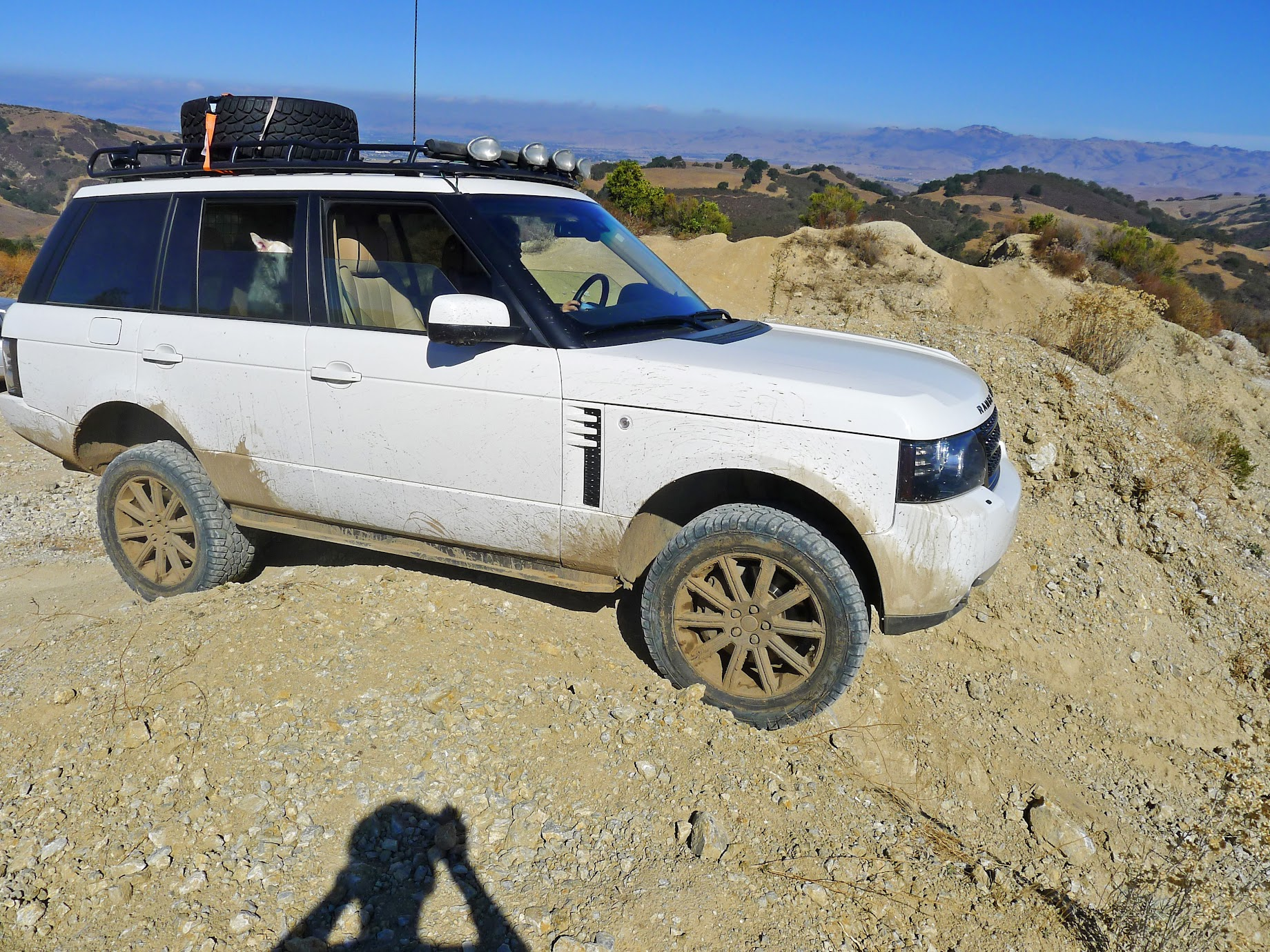 Any Range Rovers with mud/all terrain tires - Page 6