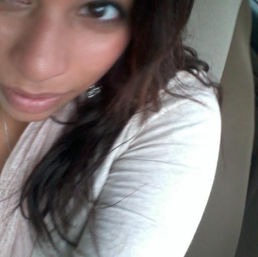 Leticia Sanchez Photo 23