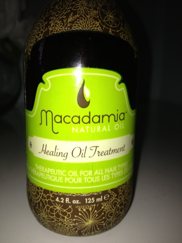 Macadamia Healing Oil Treatment Review