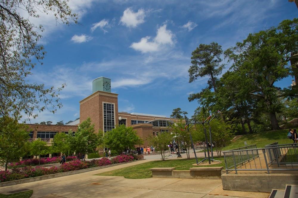 collegiate research university located - 1000×667