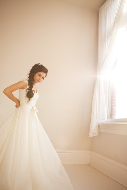 Capitol Nontradition: Non-strapless Wedding Gowns [or Wedding Gowns ...
