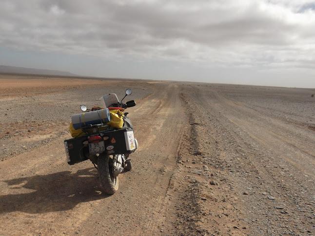Marrocos e Mauritãnia a Queimar Pneu e Gasolina - Página 9 DSCF1086