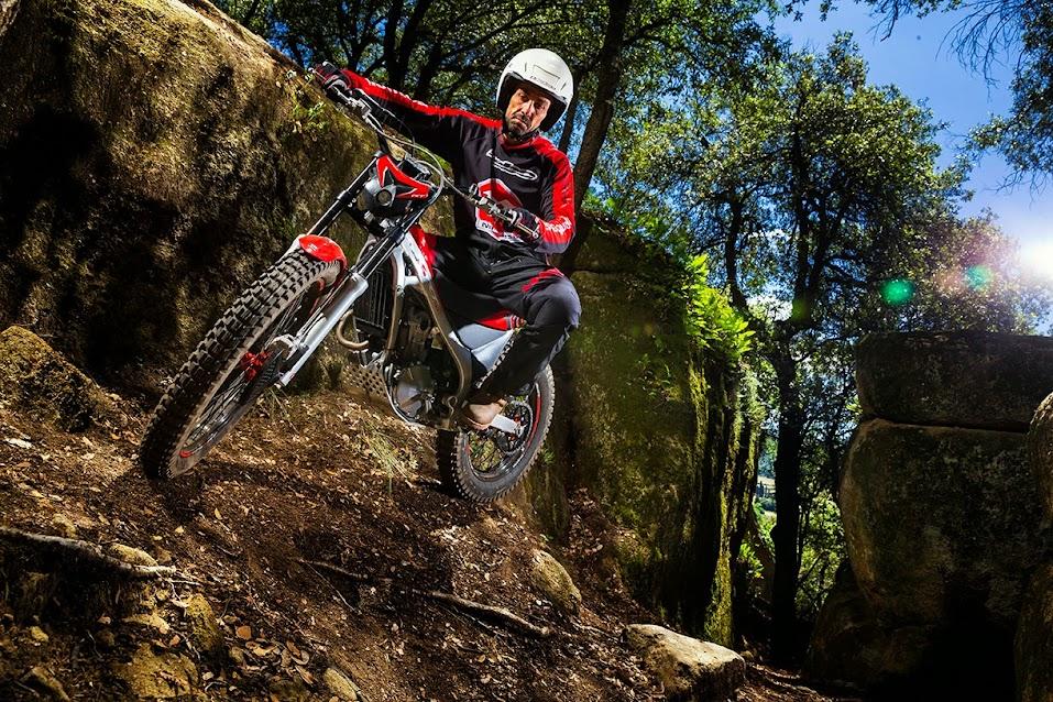 Nueva Montesa Cota 4rt Trial-excursión 2015 Cota2015STD_a003