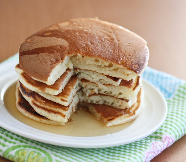 close-up photo of a stack of pancakes