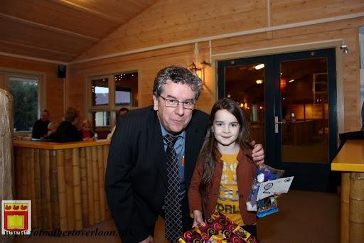 Prijsuitreiking ballonnenwedstrijd  kermis Vierlingsbeek en Overloon 01-12-2012 (11).JPG