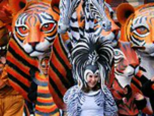 Domingo gordo-Gran desfile de Carnaval