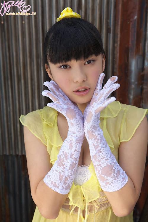 Tomoe Yamanaka - Japanese Gravure Idol