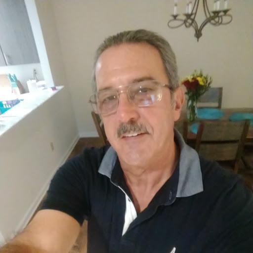 Gary Schmitt