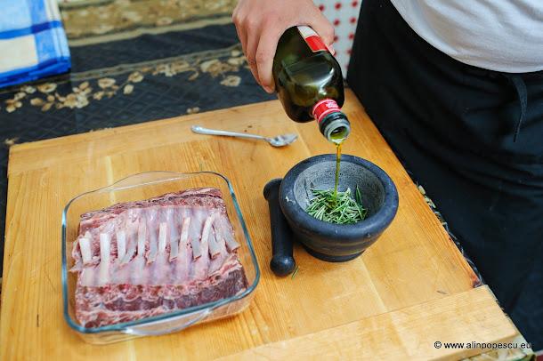 pasta de usturoi cu rozmarin