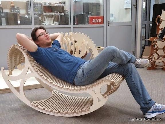 Отдых в кресле качалке